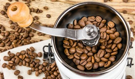 Quiet Coffee Grinder What Is The Best Quiet Coffee Grinder For Early Risers