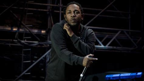 kendrick lamar nz kendrick lamar delivers hit after hit to fiery auckland