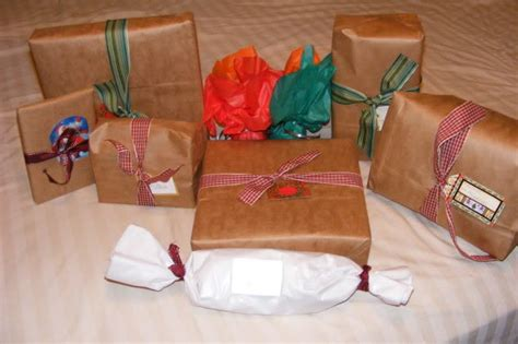 frugal gift wrap ideas the happy housewife frugal living