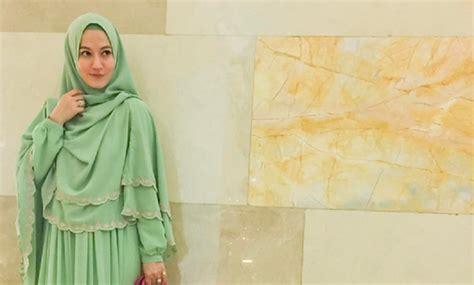 Instagram Jilbab Syar I Jilbab Syar I Ala Lyra Virna Laris Manis Di Thamrin City