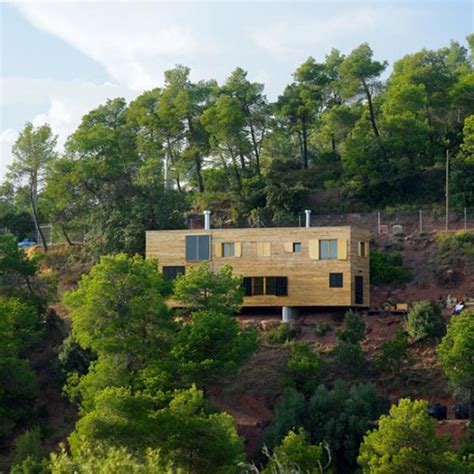 hill house design wooden hill house designs iroonie com