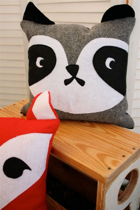 animal pillows 25 best ideas about animal pillows on
