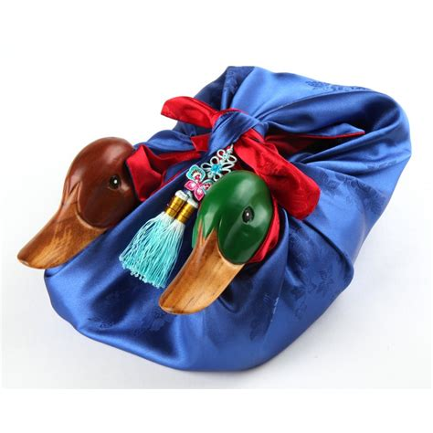 Traditional Wedding Gifts by Ideas About Traditional Korean Wedding Gifts Wedding Ideas