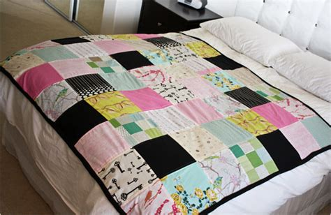 How To Make A Sewn Patchwork Quilt - get snuggly soft quilts with fleece backing
