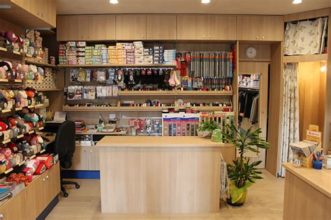 arredamenti per negozi arredamento negozio abbigliamento arredo negozi vestiti