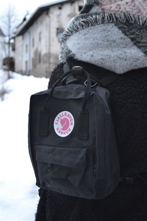 Fjallraven Kanken Giveaway - the 59 best images about kanken black on pinterest urban uutfitters trekking and bags