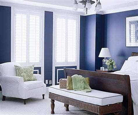 Navy Blue And White Bedroom | from navy to aqua summer decor in shades of blue