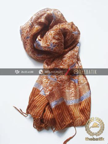 Scraf Daun Coklat jual batik shawl indonesia motif floral coklat thebatik co id