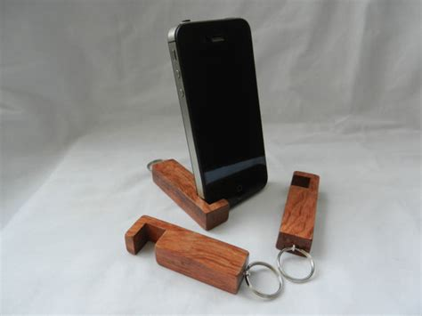 Wooden Smartphone Holder 1 compact phone stand inotch1 in bubinga wooden phone stand