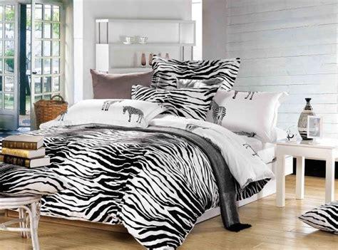 Harga Penutup Bed by Hitam Dan Putih Zebra Print Bedding Comforter Set Ratu