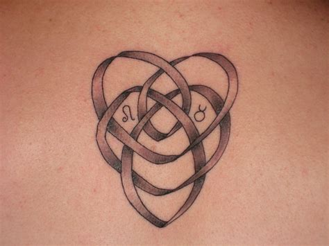 trinity knot tattoo celtic knot motherhood celtic eternal