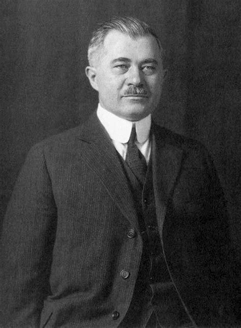 József Galamb - Wikipedia