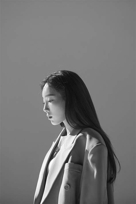 "Taeyeon SNSD Rilis Foto dan Video Teaser untuk ""Four"