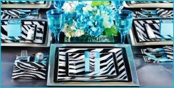 We love how elegant this zebra party set looks from party city even