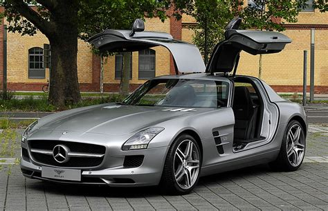 gullwing doors don t look mercedes copies as lambo doors