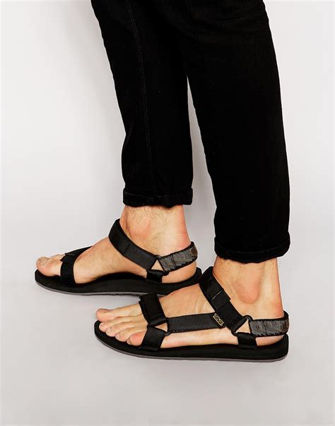 wearing sandals stylehunter collective is the sandal the ugliest shoe