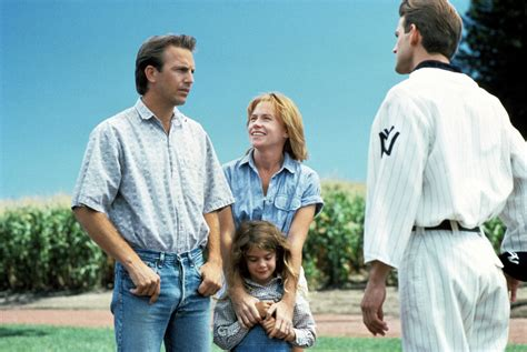 Field Of Dreams 1989 Movie Review Field Of Dreams 1989 The Ace Black Blog