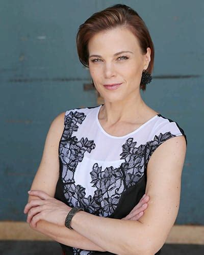 phyllis on y and r new haircut centerstage gina tognoni opens up about finally hitting