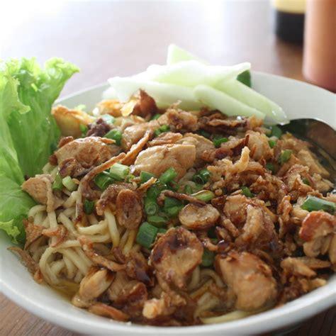 Pangsit Mie Mie Ayam mie ayam bakso h2 malang menu malang foodspotting