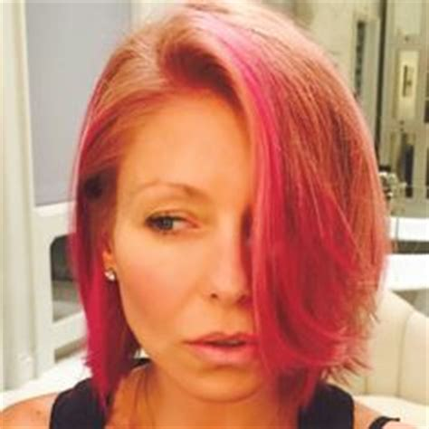 kelly ripa hair changes kelly ripa turns blonde bob pink see her new hair color
