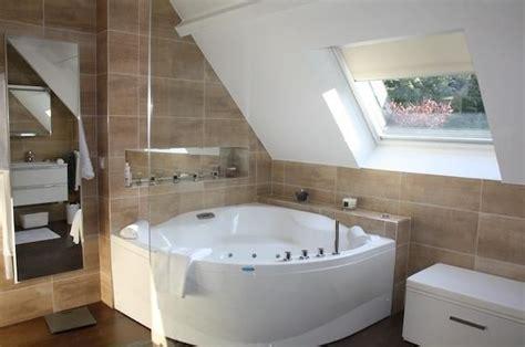 Salle De Bains 637 763452 salle de bain design et contemporaine baignoire d