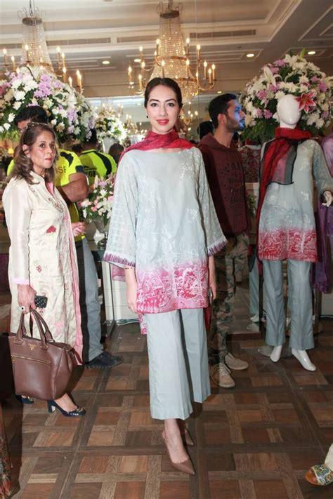 Tunik Punjabi salwar kameez kurti lehenga kaftan gamis tunik saree