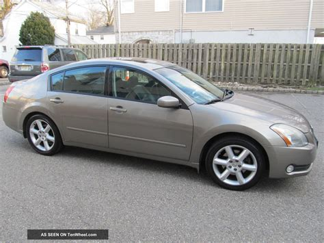 nissan coupe 2005 2005 nissan maxima se sedan 4 door 3 5l