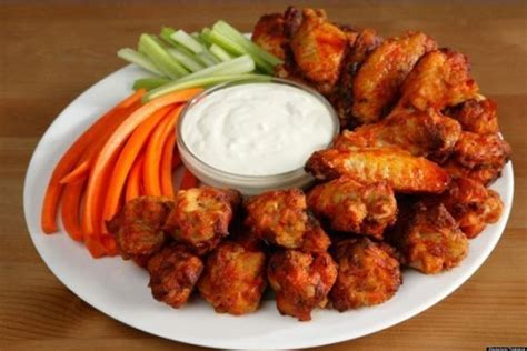 imagenes de hot wings how to make the ultimate buffalo wing huffpost