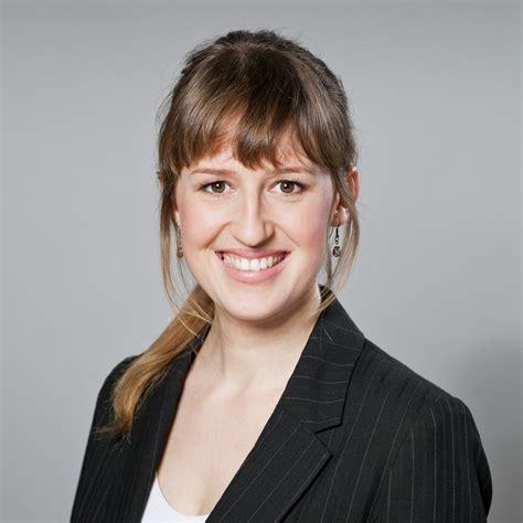 Janina F Keng舩 Janina Janssen Projektmitarbeiterin Dw Deutsche Welle