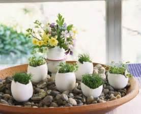 Diy spring easter home decor egg shell vases pebbles flowers cress