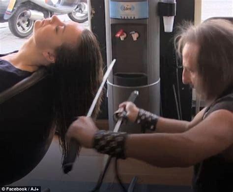 hair cut with samuri swords edward scissorhands uses samurai swords and claws to