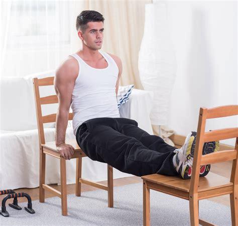 exercice de la chaise comment se muscler avec une chaise musculation