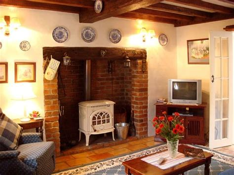 Country Cottage Fireplaces country frame cottage dining room ideas fireplaces mantels kitchen decorating