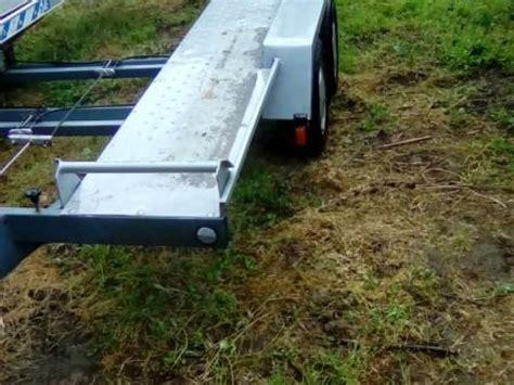 rimorchio porta auto rimorchio trasporto auto con pianale basculante