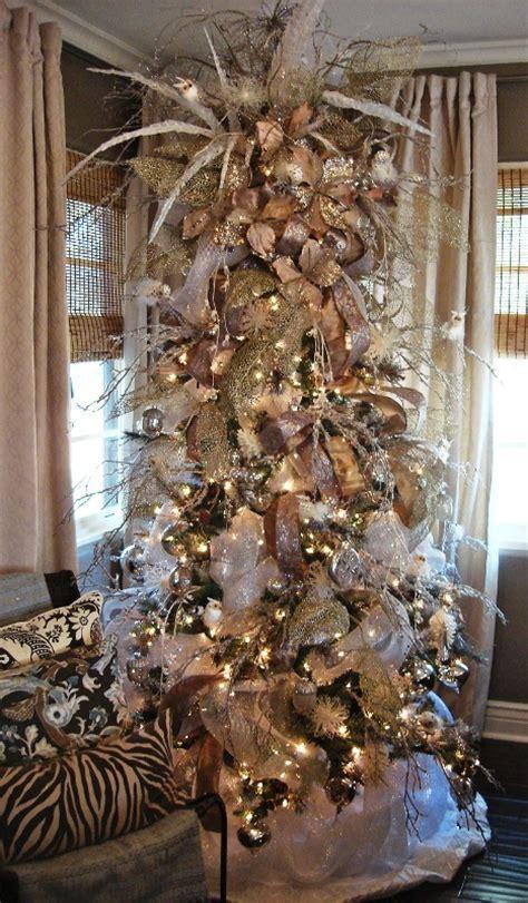 30 White Wonderland Christmas Decorations Ideas