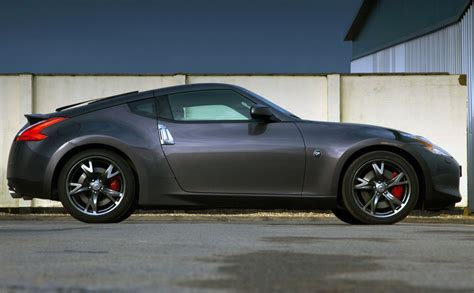 nissan black nissan 370z black photo 1 7449
