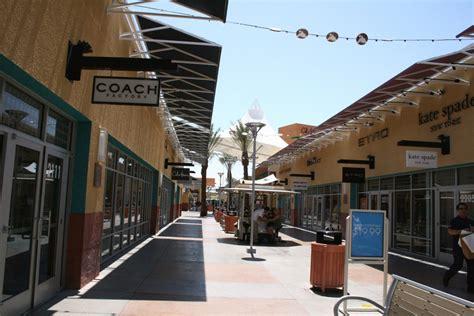 las vegas premium outlet malls