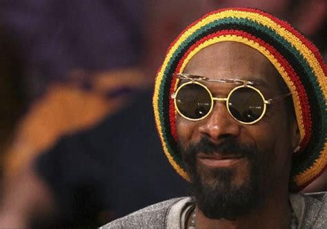 snoop real name italy seize 205k from us rapper snoop dogg daily pakistan