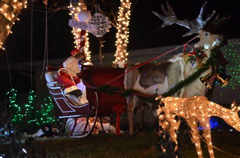 woodland hills christmas lights holiday in lights candy cane lane woodland hills ca