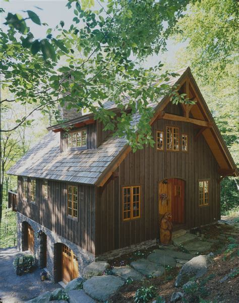 rustic barn homes i need help picking exterior paint color