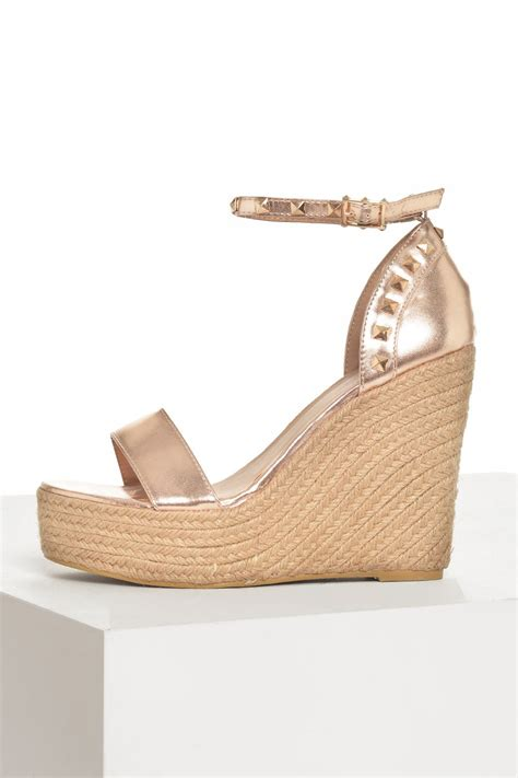 no doubt studded espadrille wedges in gold