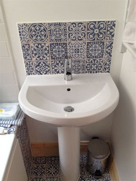 sink with tile splashback tiling sinks
