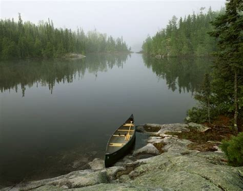 canoes ely mn boundary waters canoe area ely minnesota canoeing