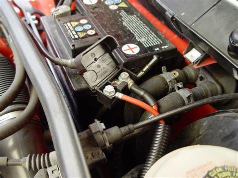 Audi A4 Avant Batterie Ausbauen by Audi A4 Avant B5