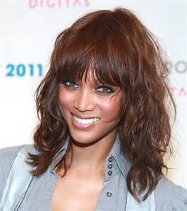 shoulder length hair with wispy bangs best curly hairstyles with bangs the xerxes