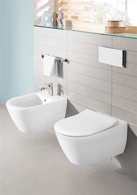 water bagno sanitari sospesi per un bagno contemporaneo cose di casa