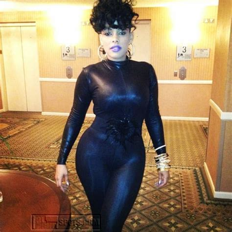 who does keisha kaior hair any tea on keyshia k deelishes plastic surgeons