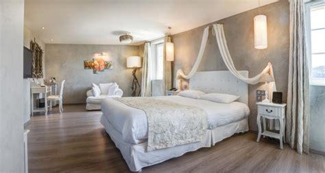 Delightful Chambre Lambris Taupe #3: Chambre-romantique.jpg