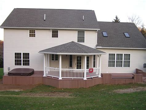 hip roof porch benefits