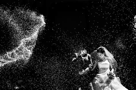 best wedding photographer in the world 25 of the best award winning wedding photos taken in 2014